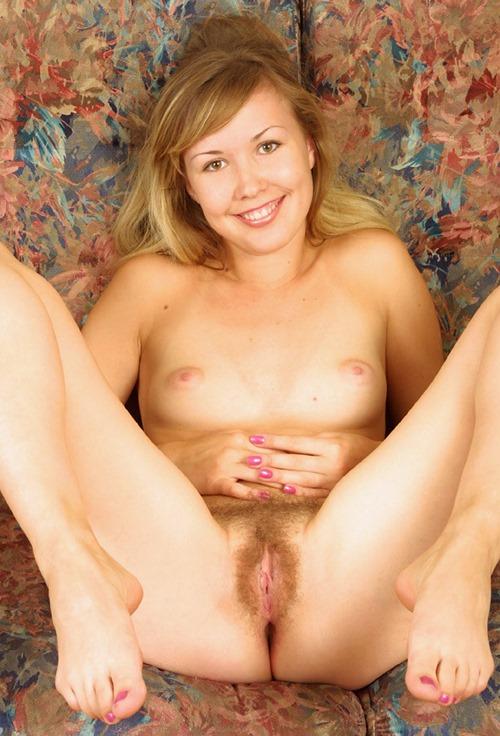 maria-hairy-pussy